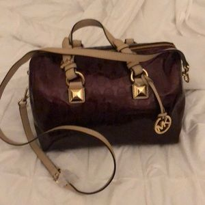 Michael Kors Bags - NWT Mk Grayson bag